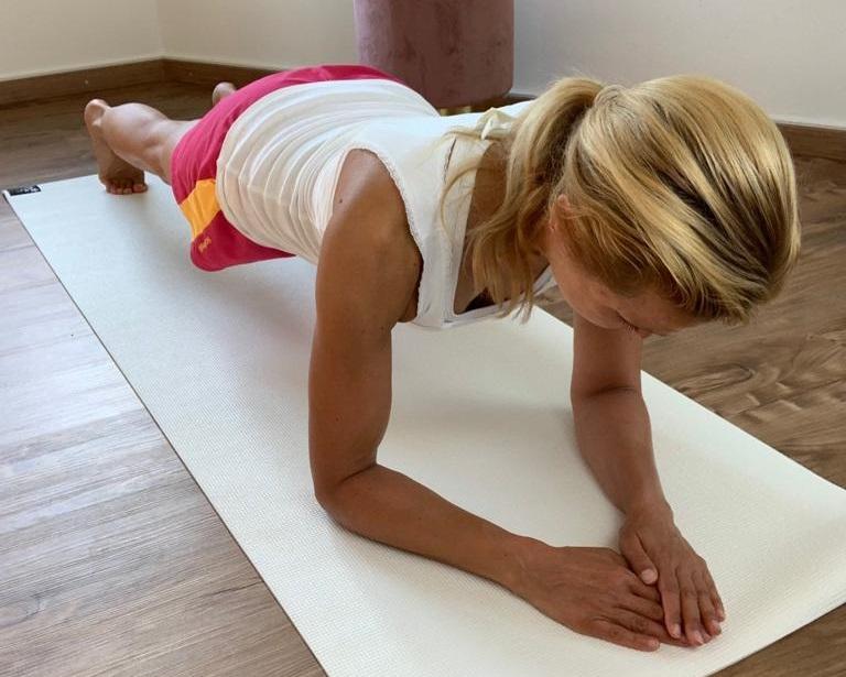 Übungen für einen schönen, straffen Bauch - Nr 1 Plank